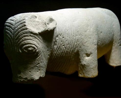 5. Escultura de toro ibero-romana del Cerro de las Balas